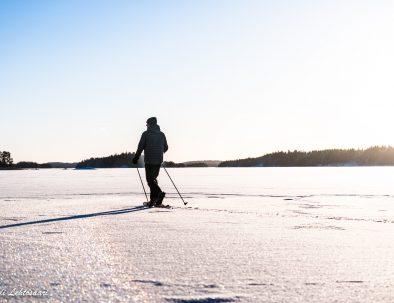 Rental cottage vuokramökki Saimaa snowshoeing lumikenkäily