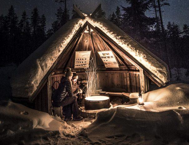 Rental cottage vuokramökki Saimaa nature trail laavu kota